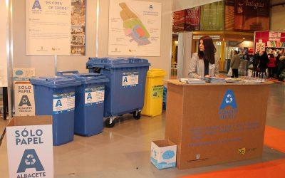 Albacete Recicla, servicio de recogida de papel-cartón de R que R para el Ayuntamiento de Albacete, participa en la Feria Comercia 2018.